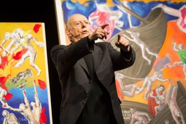 Dario Fo al Teatro di Varese (inserita in galleria)