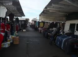 Il mercato straordinario a Varese (inserita in galleria)
