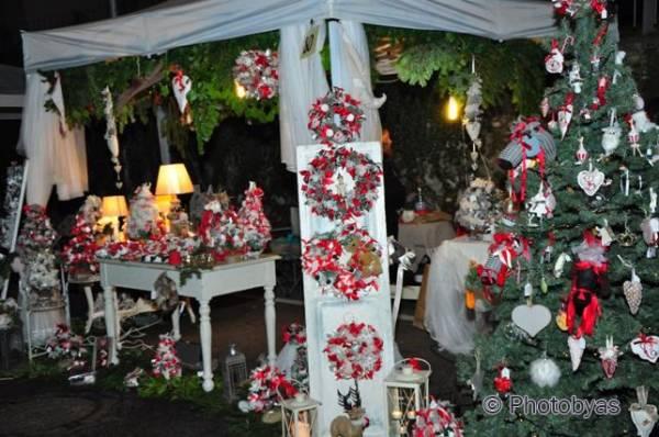 Mercatino natalizio a Casbeno (inserita in galleria)