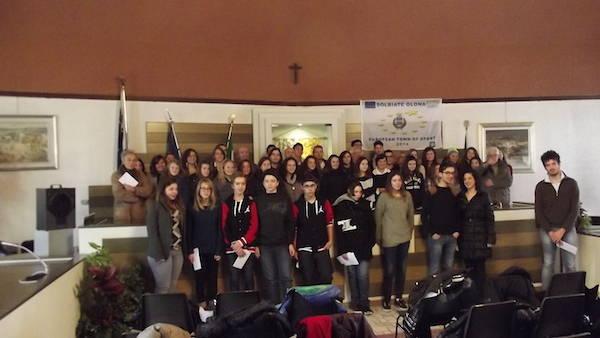 Studenti premiati a Solbiate Olona (inserita in galleria)