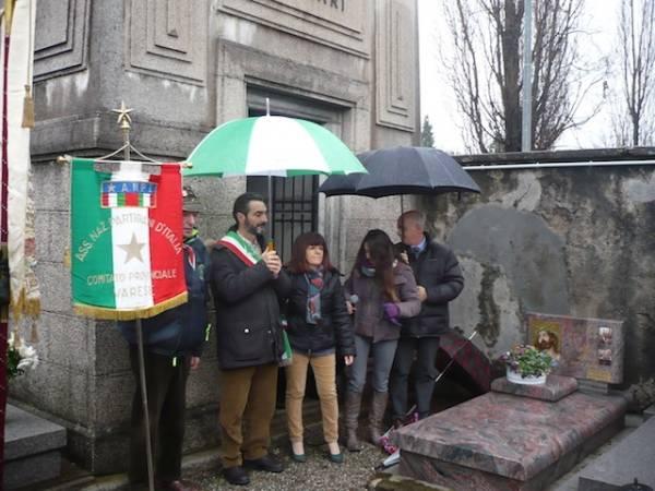 Commemorazione per il partigiano Ferrari (inserita in galleria)