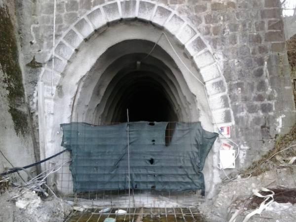Gallerie e cantieri dell'Arcisate Stabio (inserita in galleria)