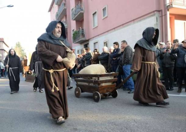 La sagra di Sant'Antonio a Saronno (inserita in galleria)