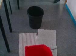 Piove in classe al Manzoni (inserita in galleria)