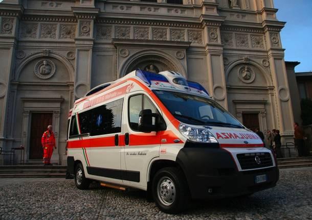 sos malnate ambulanza fondazione comunitaria del varesotto