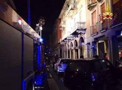 Incendio in centro a Luino (inserita in galleria)