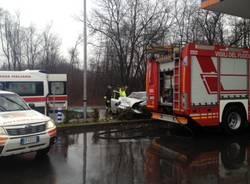 Incidente a Lonate Pozzolo, due feriti (inserita in galleria)