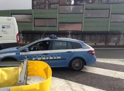 Incidente in autostrada, furgoncino va dritto contro il guardrail (inserita in galleria)
