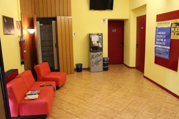 Nuova vita per il Cinema Incontro di Besnate (inserita in galleria)