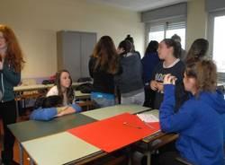 Studenti contro lo sterminio delle minoranze (inserita in galleria)