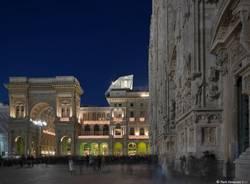 Un cubo ristorante sui principali palazzi d'Europa (inserita in galleria)