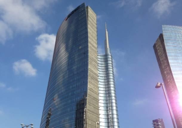 UniCredit Tower (inserita in galleria)