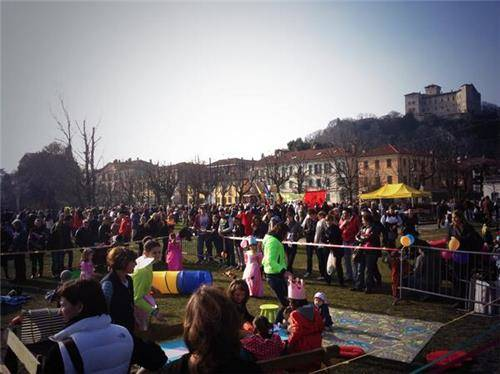 Carnevae ad Angera (inserita in galleria)