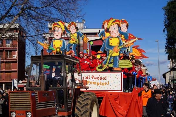 Carnevale a Cassano Magnago (inserita in galleria)
