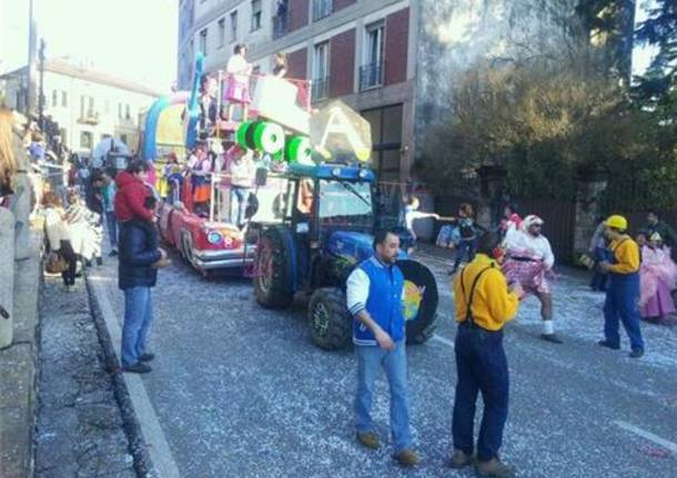 Carnevale a Gavirate (inserita in galleria)