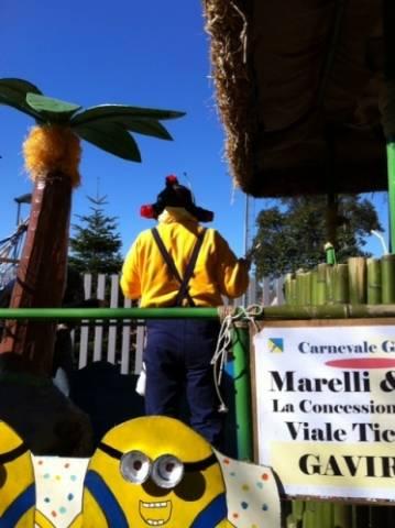 Carnevale, la sfilata a Gavirate (inserita in galleria)