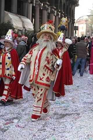 Il Carnevale di Varese (inserita in galleria)