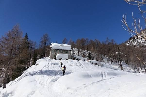 L'Alpe Solcio innevata (inserita in galleria)