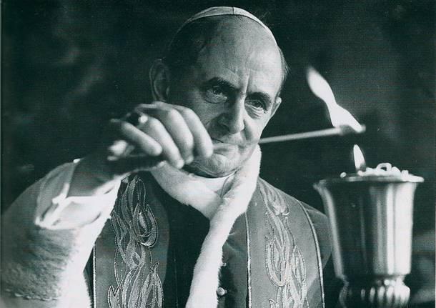 papa paolo VI fiaccola sacconago