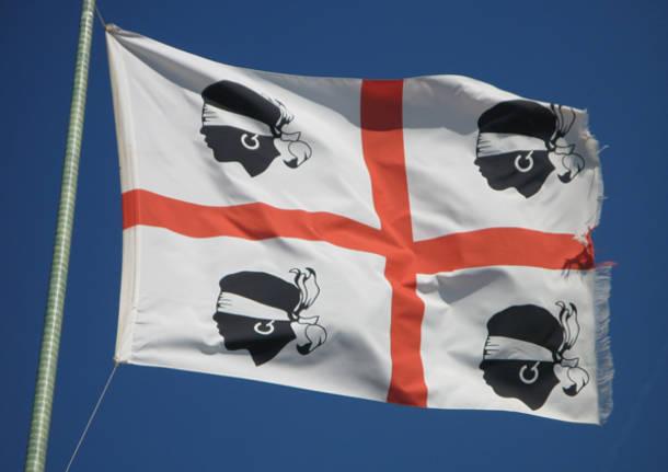 sardegna bandiera 4 mori