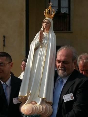 La Madonnina di Fatima a Casale Litta (inserita in galleria)