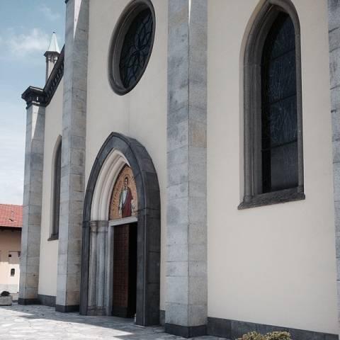 Le nozze di Montolivo viste dalla gente (inserita in galleria)