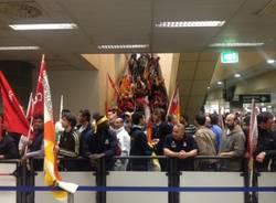 Sciopero e manifestazione a Malpensa (inserita in galleria)