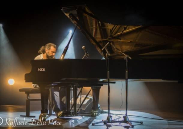Stefano Bollani in concerto al Phenomenon  (inserita in galleria)