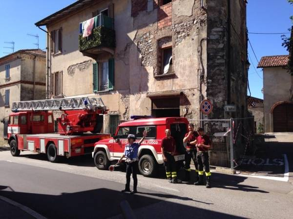 Casa pericolante a Bardello (inserita in galleria)