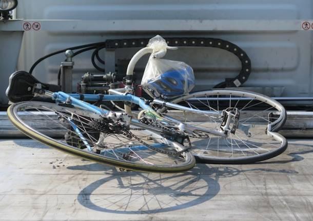 ciclista golasecca incidente