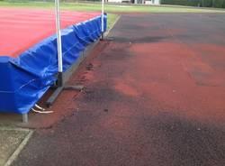 Il campo di atletica di Calcinate è ridotto male (inserita in galleria)