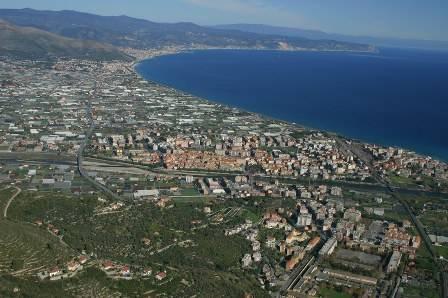 Il mare in Liguria (inserita in galleria)