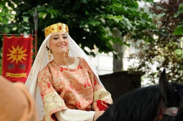 Le regine del Palio di Legnano (inserita in galleria)