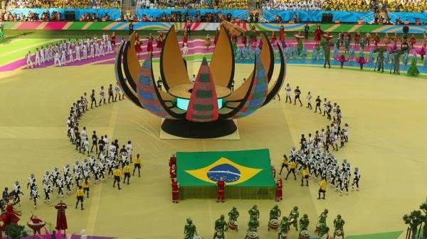Mondiali 2014, la cerimonia d'inaugurazione (inserita in galleria)