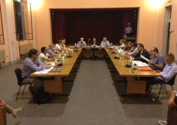 Primo consiglio comunale a Olgiate Olona (inserita in galleria)