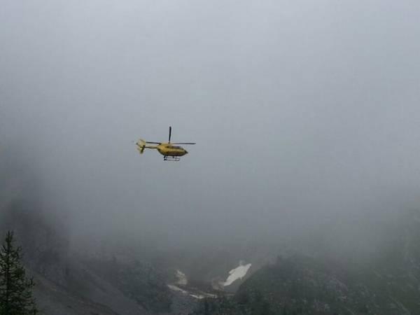 Sfida fra le nuvole per salvare l'alpinista (inserita in galleria)
