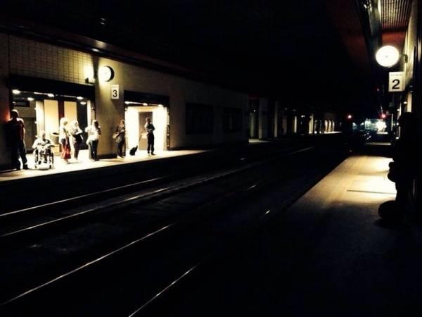 Stazione Nord di Busto Arsizio al buio (inserita in galleria)