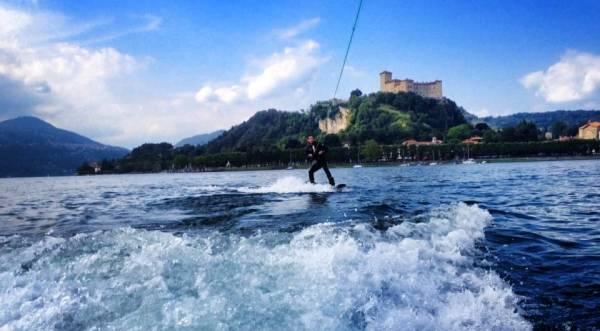 Tour, wakeboard e divertimento ad Angera (inserita in galleria)