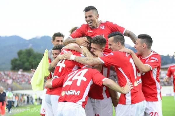 Varese - Novara 2-2 - Salvezza raggiunta (inserita in galleria)