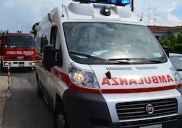ambulanza incidente Cassano Magnago