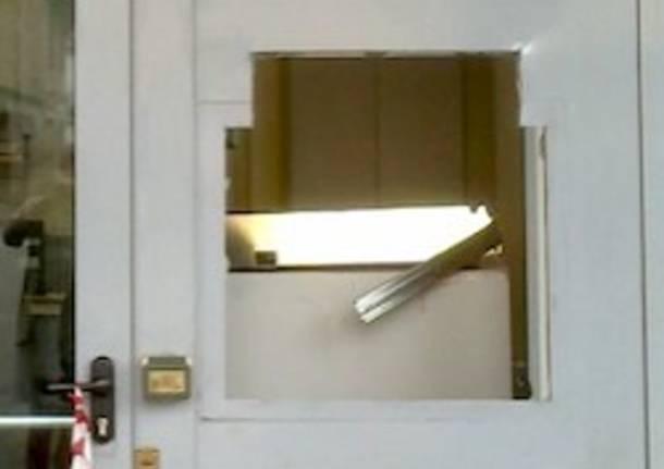 bancomat furto apertura