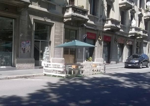 dehors in strada busto arsizio