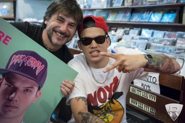 El Raton e En?ga incontrano i fan alla Casa del Disco  (inserita in galleria)