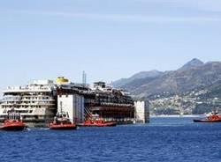 Il viaggio della Costa Concordia (inserita in galleria)