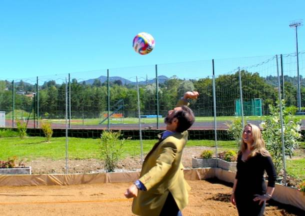 Inaugurato il campo di beach volley a Calcinate (inserita in galleria)