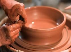 lavorare ceramica apertura prima arte artigiano