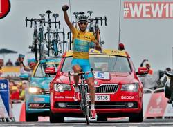 Nibali vince il Tour de France (inserita in galleria)