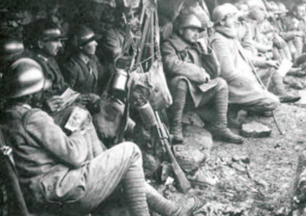 soldati in trincea prima guerra mondiale