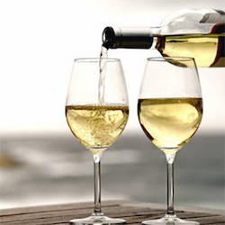 vino calici degustazione apertura