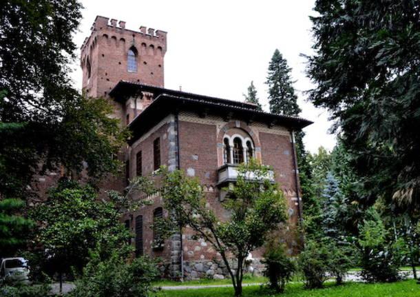 La Fonderia delle Arti verso il castello (inserita in galleria)